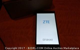 ZTE Powers on, No Cords Please Preview