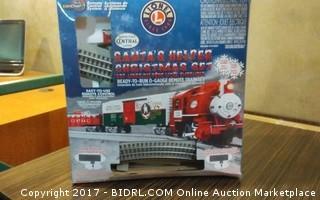Lionel Santas Helper Christmas train Please Preview