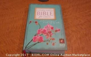 Everyday  Bible for Women