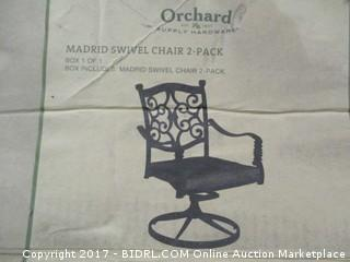 Outdoor Chair/ damaged leg  Please Preview