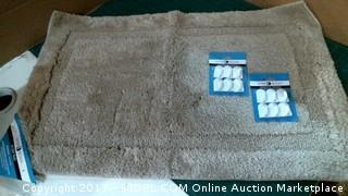 Bath Rug and Hooks Please Preview
