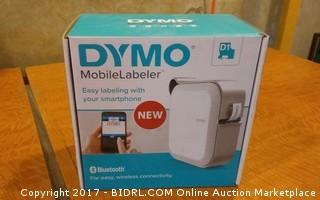 Dymo Mobile Labeler Powers on Please Preview
