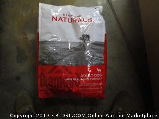 Diamond Naturals (lamb Meal & Rice Formula) (Red &White Bag)