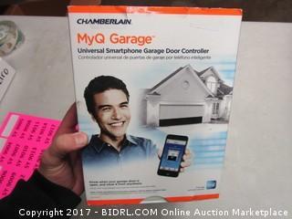 Chamberlain MyQ Garage Smartphone Garage Door Opener
