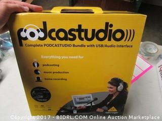 Podcast Studio Bundle with USB/Audio Interface