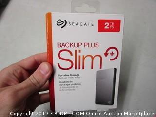 Seagate Backup Plus Slim Portable Storage 2TB