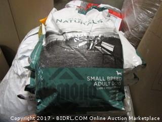 Diamond Naturals Small Breed Lamb & Rice Formula (White & Green Bag)