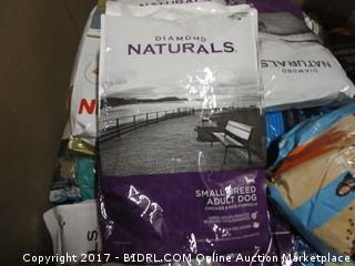 Diamond Naturals Small Breed Adult Dog Chicken & Rice Formula (Purple & White Bag)