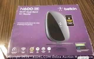 Belkin WiFi Dual Band N+Router Powers on