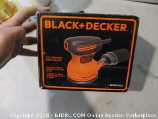 Black + Decker Random Orbit Sander
