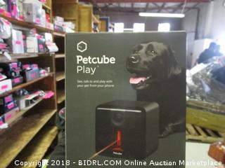 Pet Cube Play