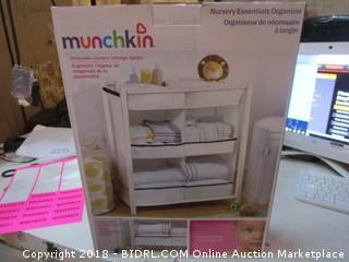 Munchkin Nursery Essentials Organizer