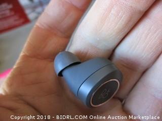 E8 Truly Wireless Earphones