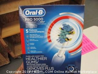 Oral B Pro 5000 Recharageable Toothbrush