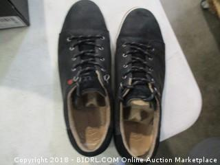 UGG Shoes - Men's Sz 12
