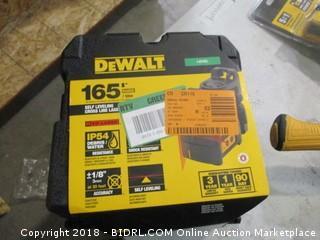 DeWalt self-leveling crossline laser