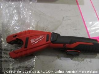 Milwaukee cordless copper tubing cutter