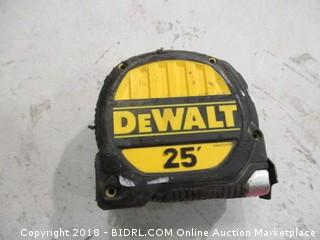 DeWalt Measure Tape
