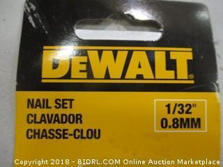 De Walt Nail Set