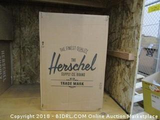 Herschel Supply Co. Trade Small, Dark Shadow