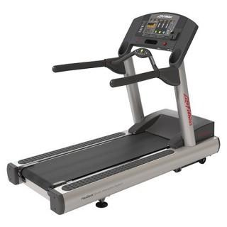 Life Fitness Club Series Treadmill (Retail $5,499.00)