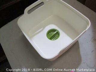 portable sink bucket with drain