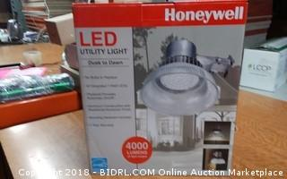 LED Utility Light