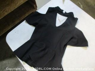 women's black short-sleeve shirt - size S