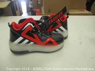 Kid's Athletic Shoes Size 13