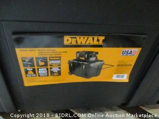 DeWalt Storage / missing latches