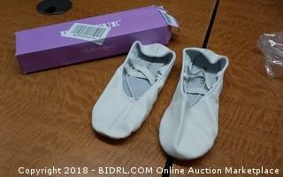 Ballet Shoes 7.5