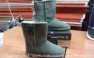 Bearpaw Boots 9