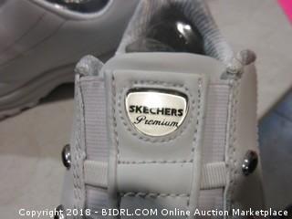 Skechers Sport Shoes - Sz 8.5