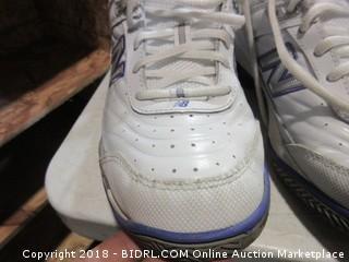 New Balance Shoes - Sz 6