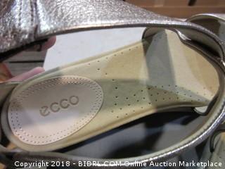 Ecco Sandals - Sz 9