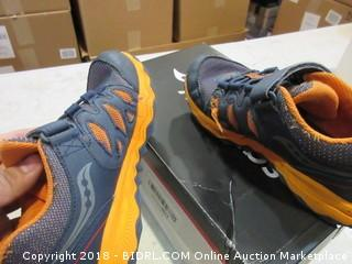 Saucony Shoes - Sz 2.5W (kids)