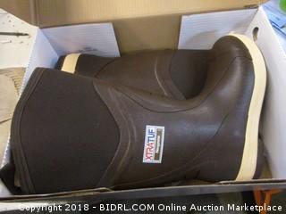 Xtratuf Medium 9 Boots