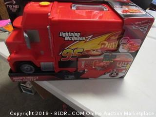 Lightning McQueen Mack's mobile tool center toy