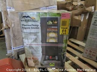 Masterbuilt 20050716 Thermotemp Propane Smoker (Retail $249.00)
