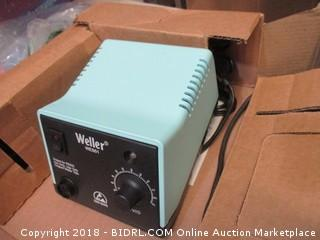 Weller Electronically Controlled Soldering Station