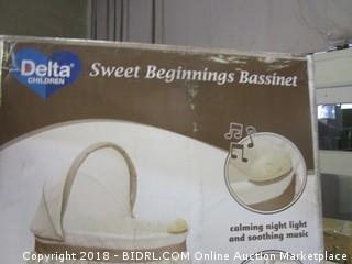 Sweet Beginning Bassinet