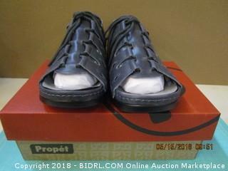 Propet Shoes Size 10.5