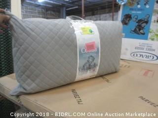 Othello Coolia Down Alternative Pillow