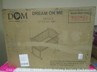 Dream on me Crib