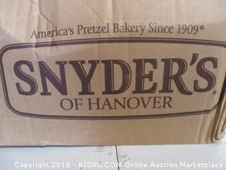 Snyders Unsalted Mini Pretzels