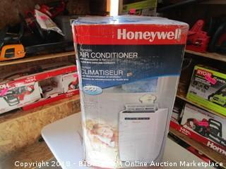 Honeywell Air Conditioner Powers On