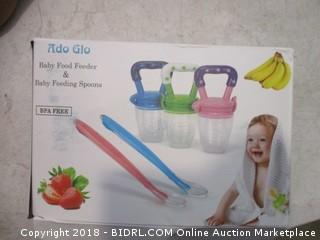 Baby Food Feeder and Spoons