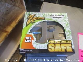 Toy Voice Activated Safe