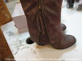 Not Rated Boots Size 6.5