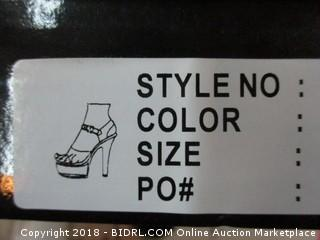 Ellie Size 10